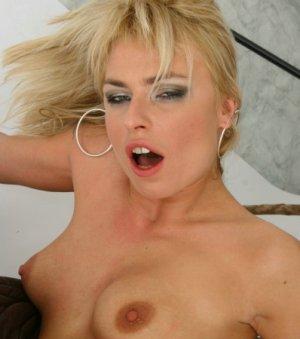 Blondes Porno Luder